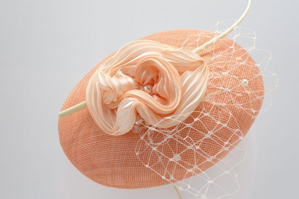 Peach beret cocktail hat with silk shibori by Sydney milliner Abigail Fergusson Millinery